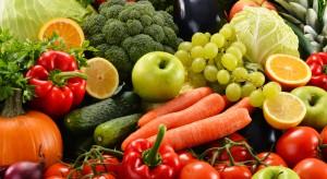 Polacy wciąż spożywają zbyt mało owoców i warzyw