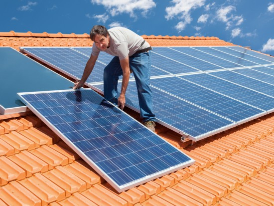 Śląskie: W ok. 130 gospodarstwach powstaną instalacje fotowoltaiczne i solarne
