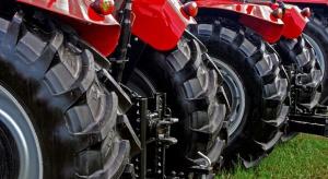 Rolnicy kupują mniej ciągników i maszyn