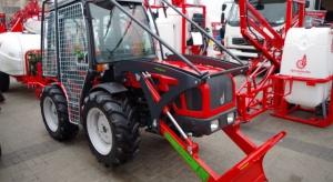 Miniciągnik AGT 850 do prac sadowniczych