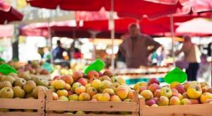 Ukraina: Ceny jabłek są średnio dwa razy niższe niż rok temu