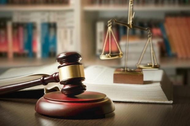 Oskarżono przedsiębiorców, którzy próbowali przekupić dyrektora pomorskiej ARiMR