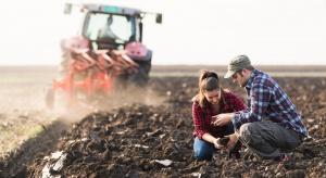 Młodzi rolnicy mają trudności z nabywaniem ziemi