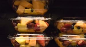 Owocowe sałatki polskiej firmy Fructofresh zakazane we Francji