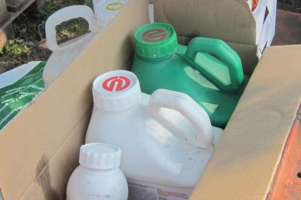 Europol: Przejęto 122 tony nielegalnych pestycydów