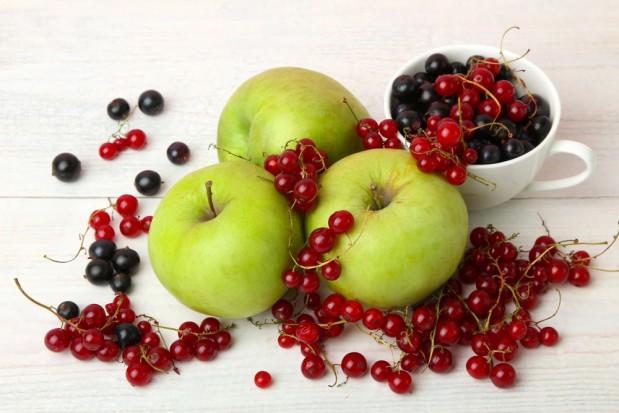 Specjalizujemy się w produkcji jabłek, czarnej porzeczki oraz ... buraków