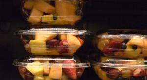 Fructofresh, producent sałatek owocowych, wciąż walczy z Francuzami