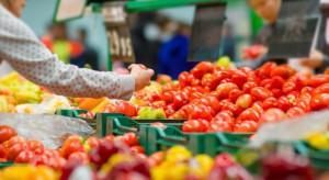 Francja: Większość owoców i warzyw z pozostałościami śor.