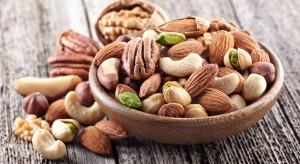 Białko z orzechów obniża ryzyko chorób serca