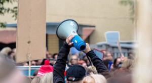 Płońsk: Plantatorzy truskawek protestowali wz. z problemami z zatrudnianiem cudzoziemców