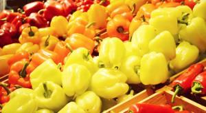 Koszyk cen: droższa papryka i cytryny, tańsze pomidory i banany