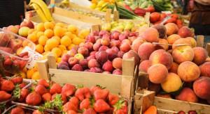 Spadki cen owoców w hurcie. Pojawiają się pierwsze śliwki