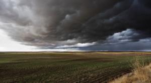 Prognoza pogody: Synoptycy spodziewają się deszczu, miejscami burz z gradem