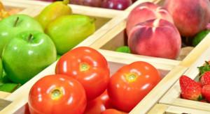 Polacy uwielbiają pomidory i jabłka