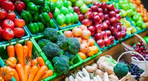 Koszyk cen: Supermarkety podniosły ceny owoców i warzyw
