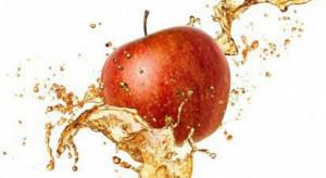 Analiza: Spadek cen koncentratu jabłkowego skutkiem taniego surowca