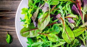 Spożywanie warzyw liściastych zapobiega zwyrodnieniu plamki żółtej