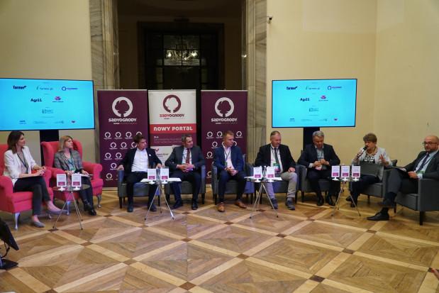 """Konferencja """"SiO"""": Debata rynkowa mini relacja (zdjęcia)"""