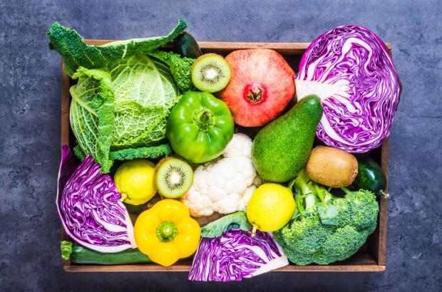 Warzywa i owoce dodają energii podczas zimowych dni