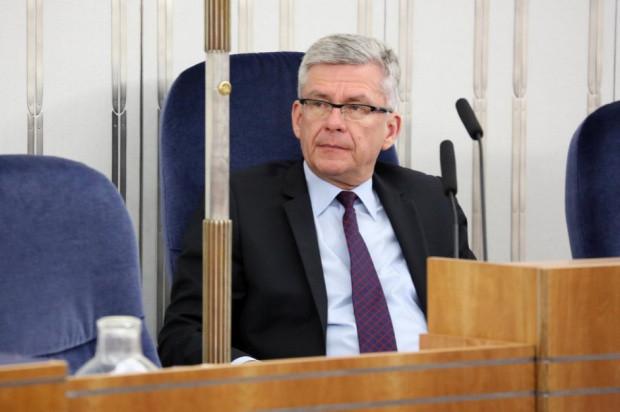 Marszałek Karczewski: Musimy poszukiwać różnych możliwości dystrybucji owoców