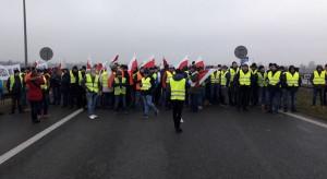 Ardanowski przyjechał z propozycją porozumienia do rolników protestujących na A2