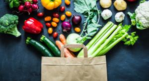 Polacy kupują coraz więcej prozdrowotnej żywności