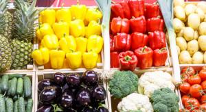 Carrefour stawia na sezonowe warzywa i owoce bio
