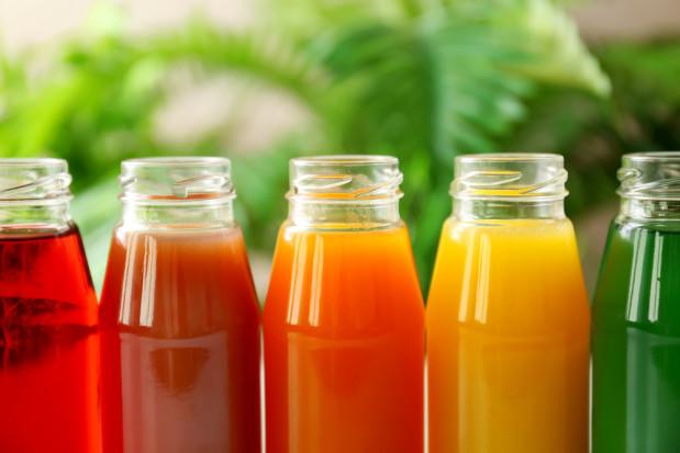 KUPS nt. podwyżki VAT na napoje: Rząd chce nałożyć embargo na polskie owoce