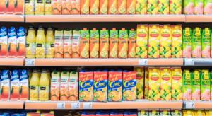 Sondaż: Rząd powinien wspierać producentów napojów owocowych