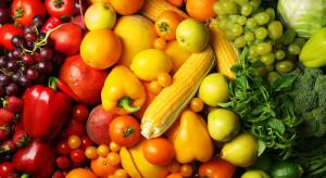 Kolorowe warzywa i owoce zapobiegają zaćmie