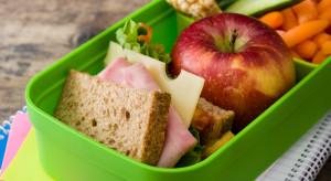 KE przeznaczy 250 mln euro na działania propagujące zdrową żywność wśród uczniów