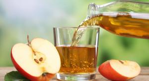 Badanie: Polacy najchętniej wybierają napoje owocowe na bazie jabłka