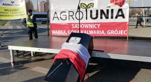 Zobacz jak wyglądała manifestacja rolników w Warszawie (wideo)