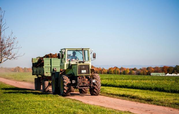 Brytyjscy rolnicy kupują coraz mniej ciągników
