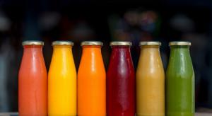 Coraz chętniej sięgamy po bio soki owocowe