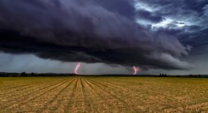Pogoda: Synoptycy prognozują opady deszczu oraz gwałtowne burze