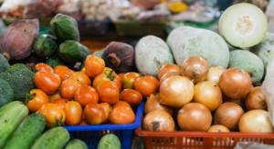 Wysokie ceny fasolki, cebuli i pietruszki w hurcie. Pojawiają się pierwsze maliny