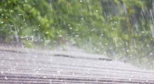 Niebezpieczna pogoda. Synoptycy zapowiadają ulewy i burze z gradem