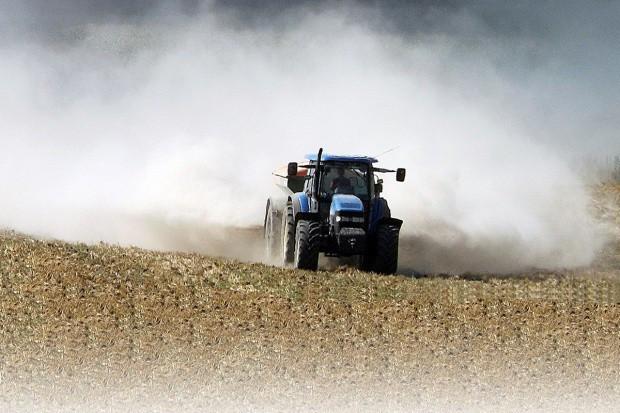 MŚ: Będzie przyznawane dofinansowanie do wapnowania gleb