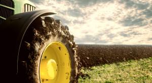 Czerwiec przyniósł niewielki wzrost sprzedaży nowych ciągników rolniczych rdr