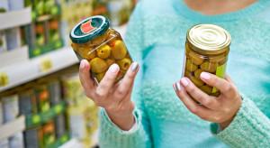 Skąd Polacy czerpią wiedzę o produktach spożywczych? (badanie)