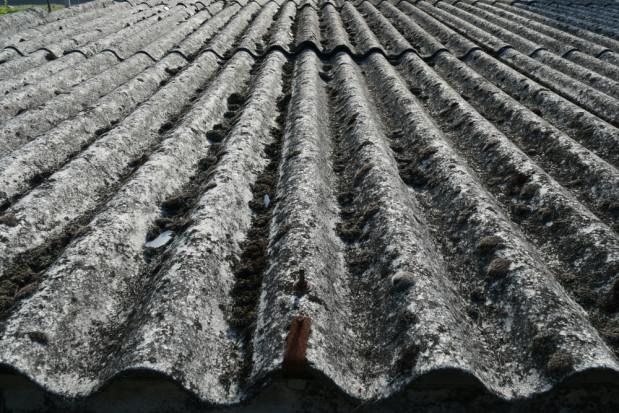 Dolnośląskie: 2,4 mln zł dla samorządów na usuwanie azbestu