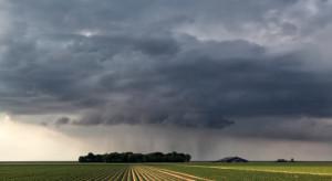 IMGW: Na południu kraju możliwe przelotne burze