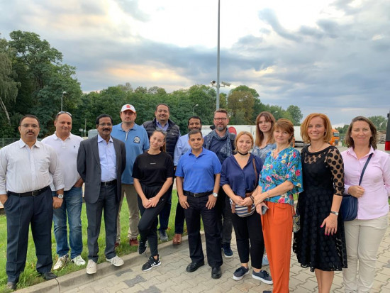 Przedstawiciele ZEA odwiedzili polskie sady i grupy producenckie