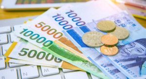Kowalczyk: 100 mln zł dla gmin m.in. na utylizację folii