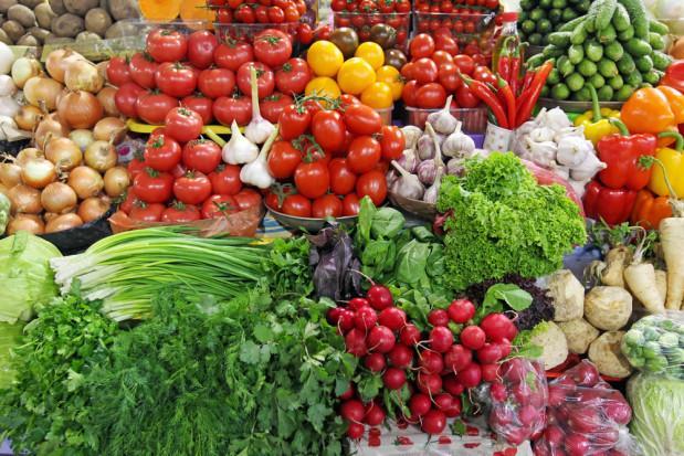 Bronisze: Mniejsza podaż bakłażanów, ogórków i cukinii. Wysokie ceny warzyw kapustnych