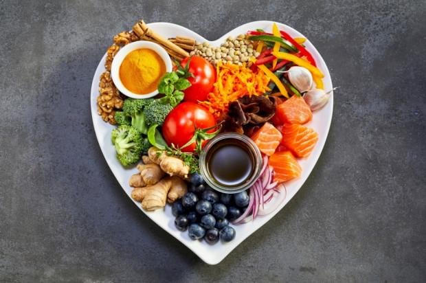 Zdrowa dieta pomocna u młodych osób w walce z depresją