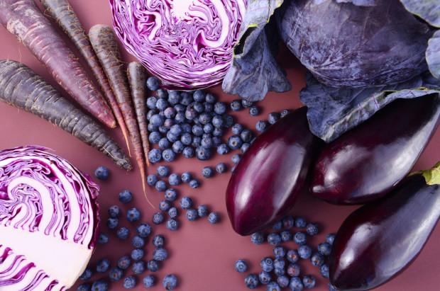 Warto spożywać fioletowe owoce i warzywa