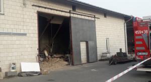 Chynów: Zawalił się strop hali magazynowej