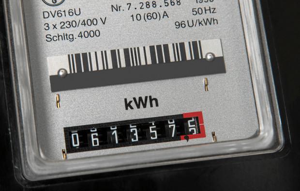 Projekcja NBP zakłada podwyżkę cen prądu o 8 proc. dla gospodarstw domowych